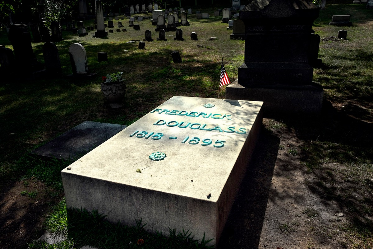 Rochester.07.2018_Frederick.Douglass.grave
