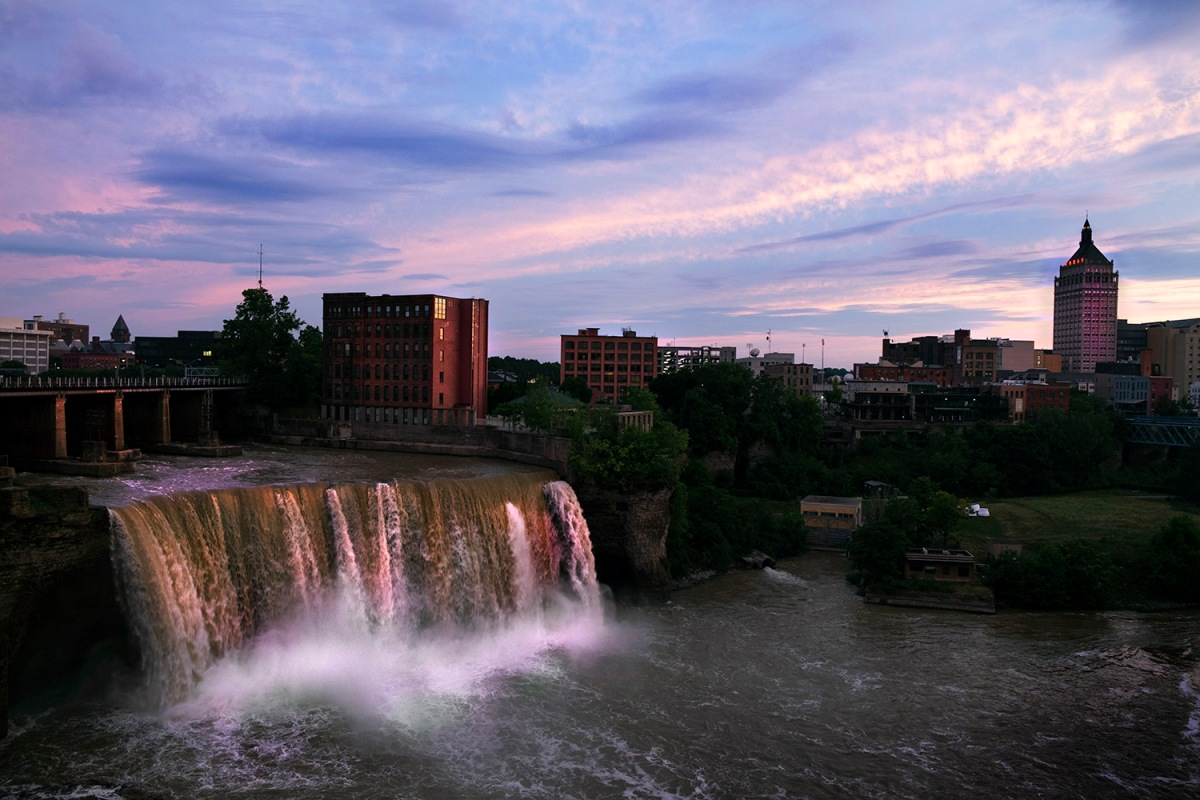 Rochester.07.2018_High.Falls.twilight
