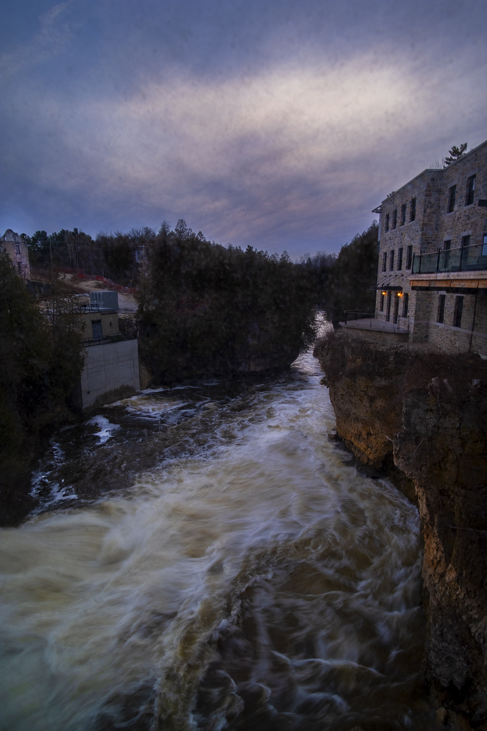 Grand.River_Elora.Mill.Inn.Spa_02